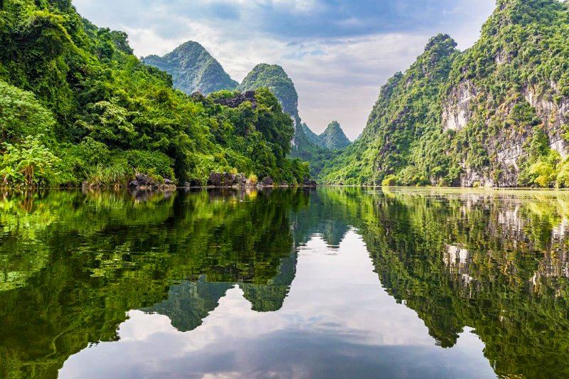 All About the Trang An Heritage Site of Ninh Binh