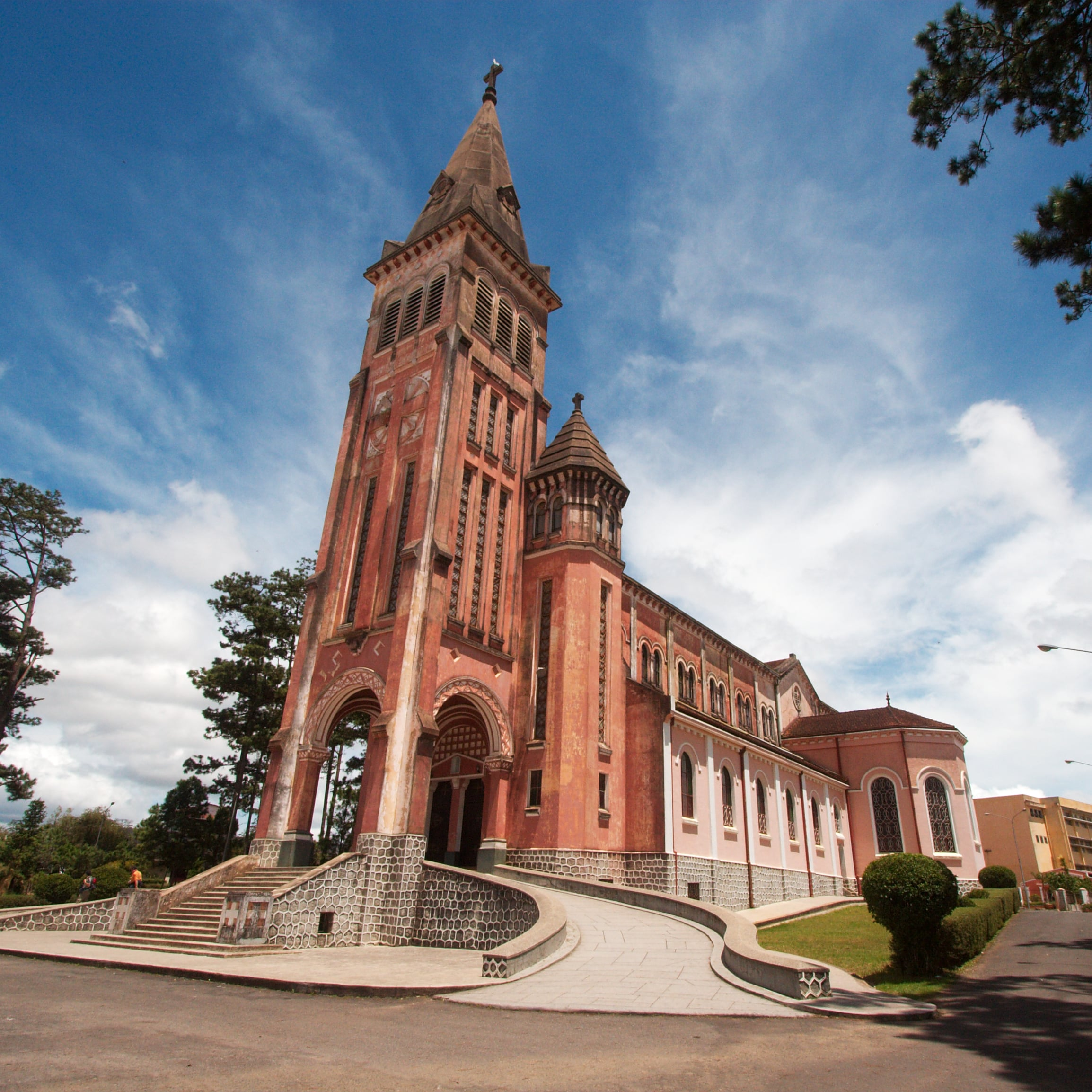Uncover the Delightful Beauty of Da Lat – Itinerary for Two Days Included