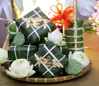Visiting Pagodas for Tet Holiday: Vietnamese Tradition