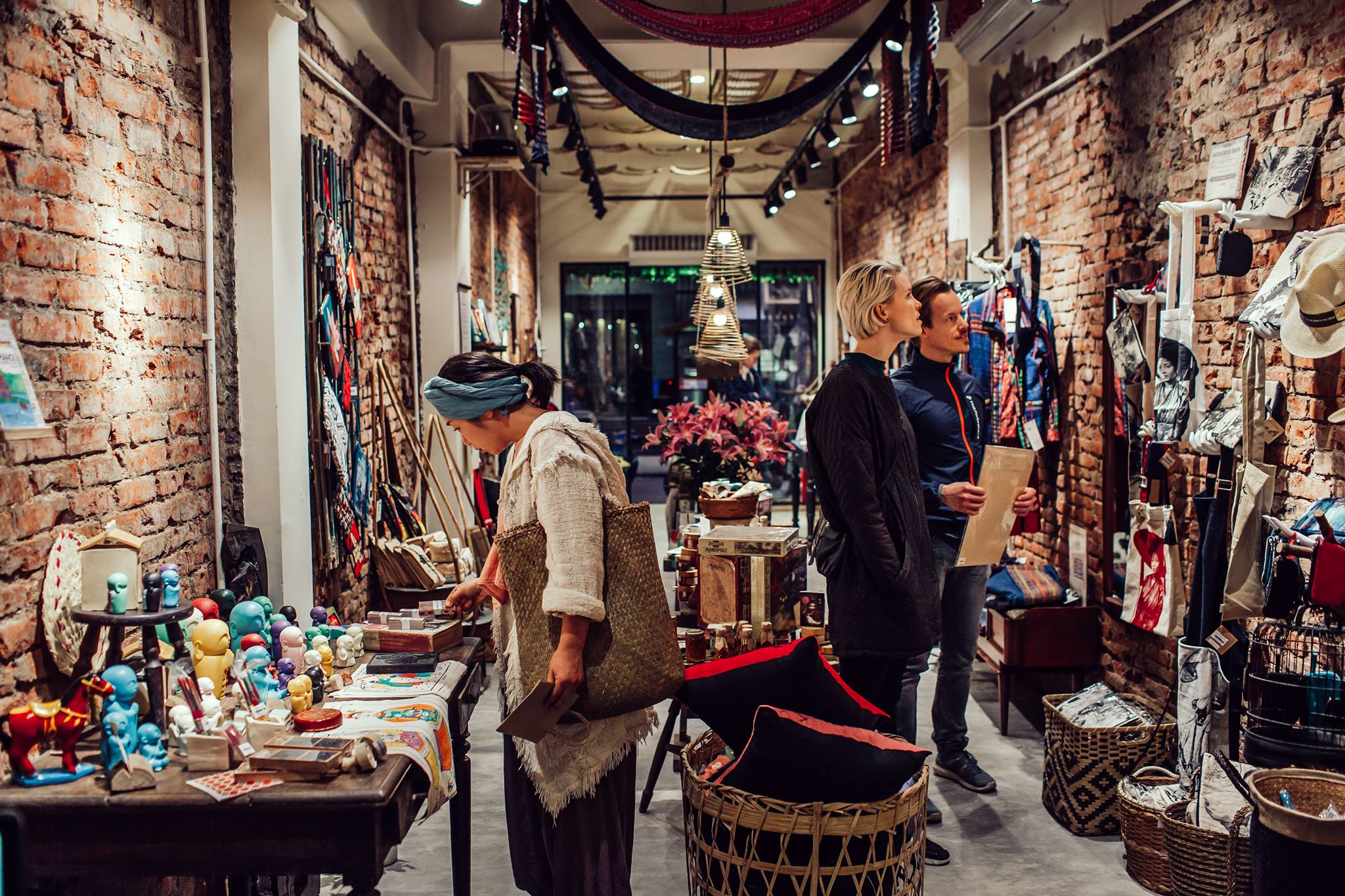 Confessions of a Shopaholic: Guide to Shopping in Hanoi