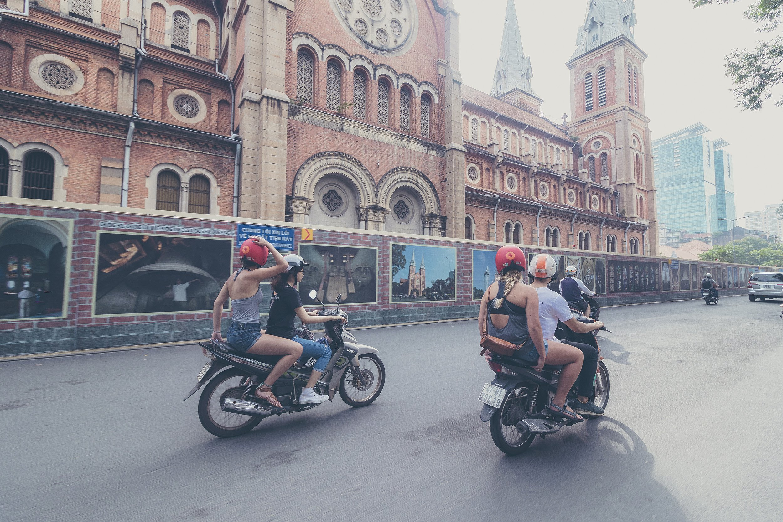 Getting Around Saigon and its Wonderful Districts