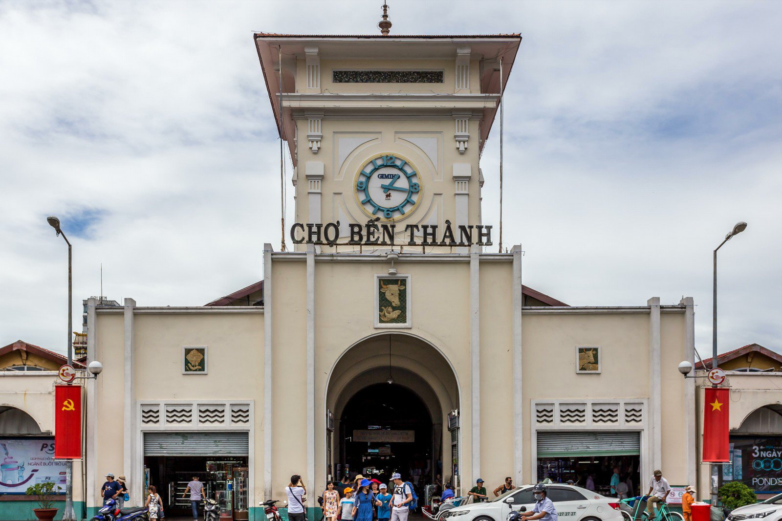 Your Comprehensive Walk-through of Ben Thanh Market