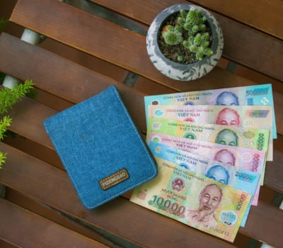 Vietnamese Currency (The Dong) & How To Do It Right
